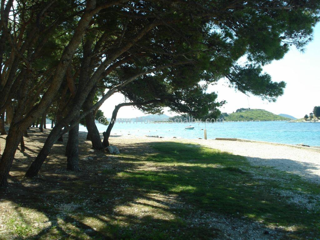 Strand camping Kozarica
