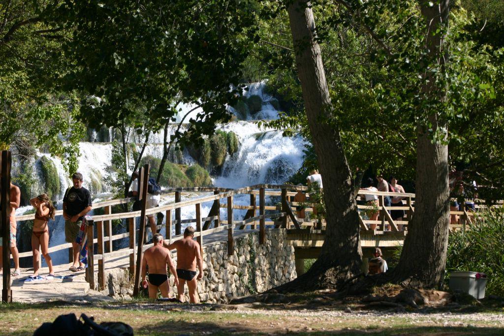 Zwemmen bij de watervallen