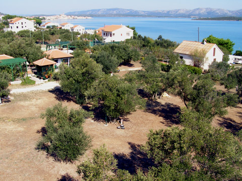 Camping Matija in Betina op eiland Murter