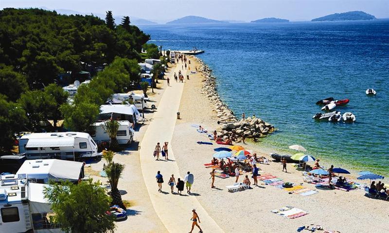 Camping Solaris staanplaatsen aan zee