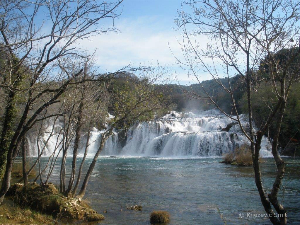 Krka watervallen in het voorjaar