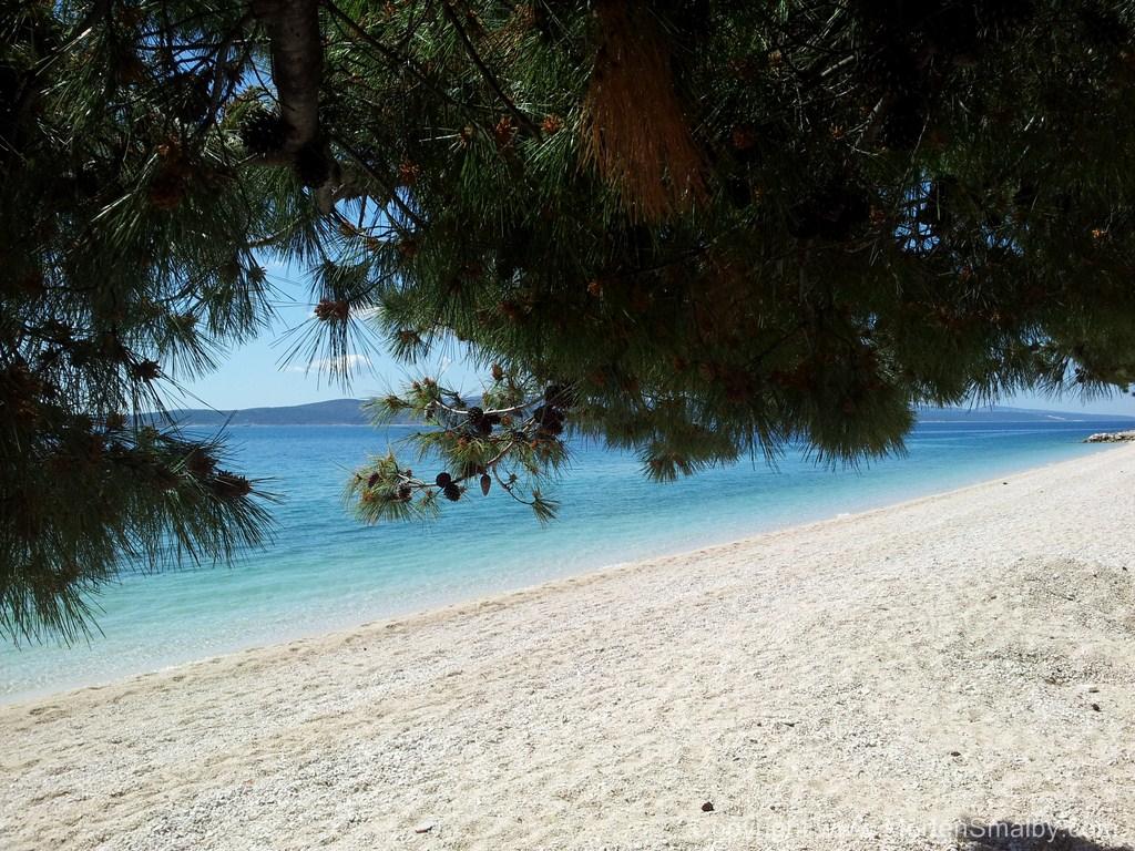 baska-voda-stranden