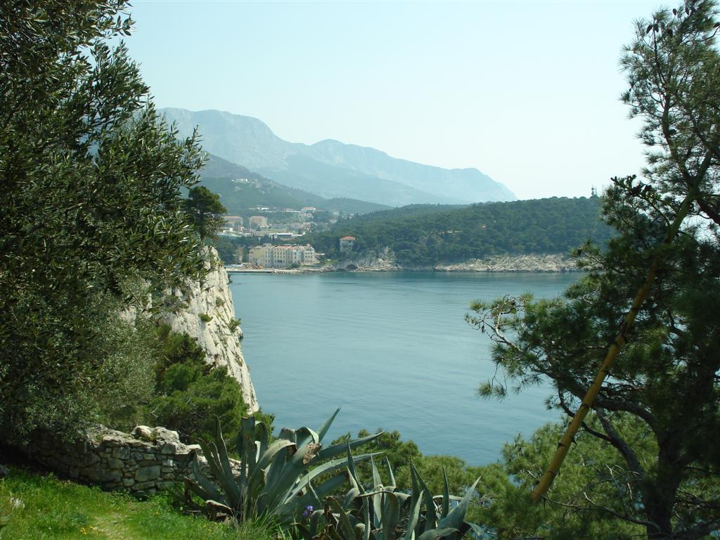 Makarska uitzicht vanaf Sv Petar schiereiland