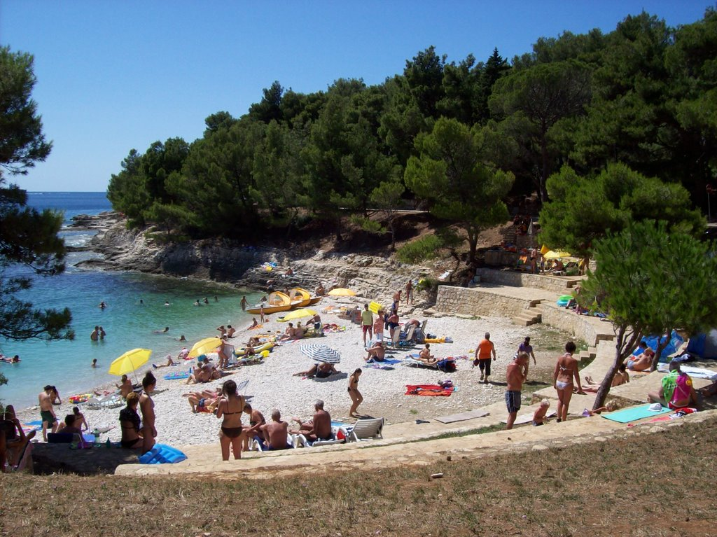 Gortanova Uvala Beach Pula