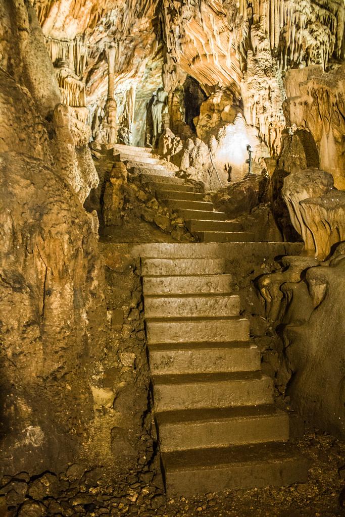 Vranjaca grot bij Split, Kroatie