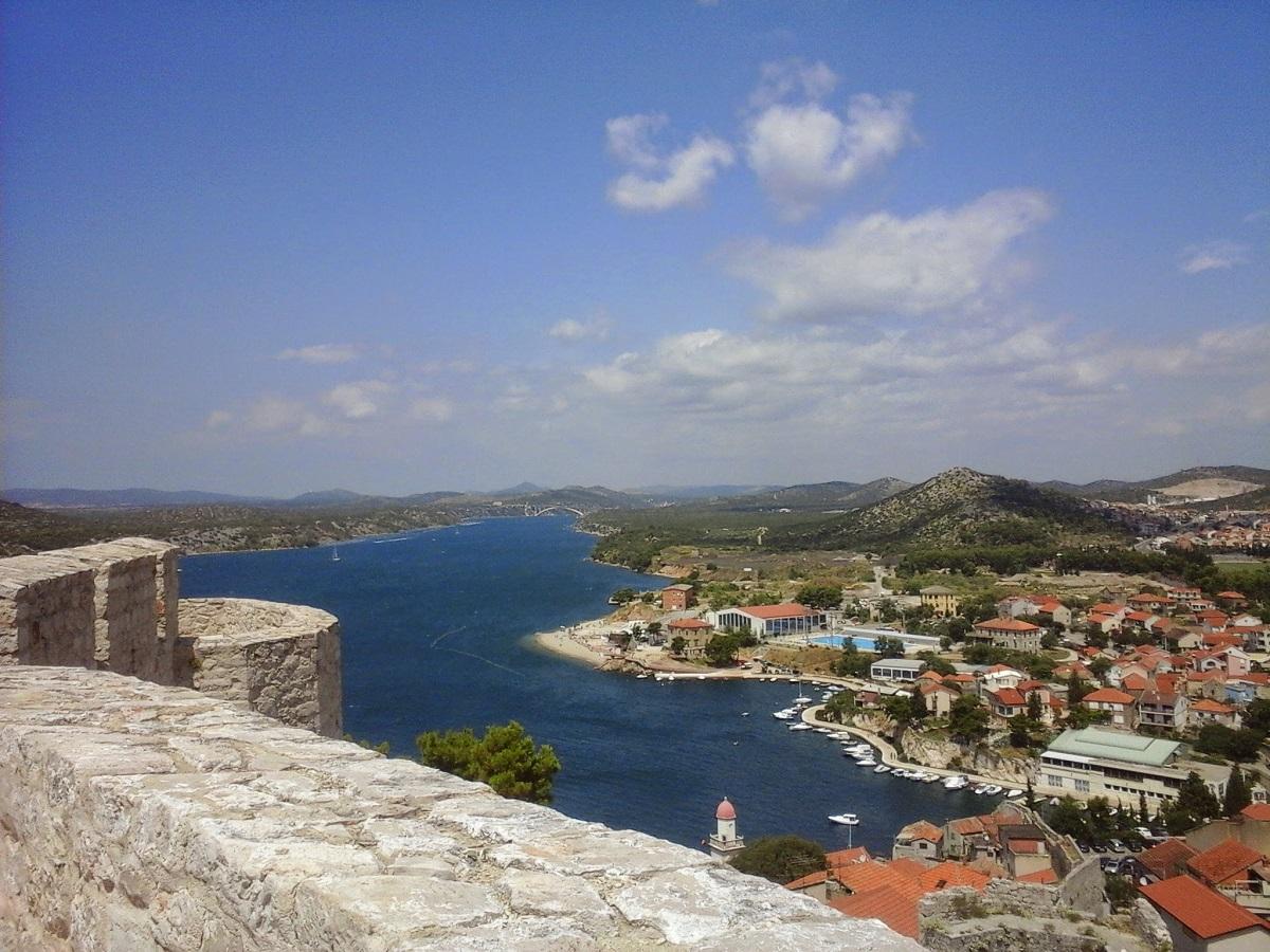 Uitzicht vanaf Sveti Mihovil fort Sibenik